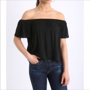 BBdakota black off the shoulder top